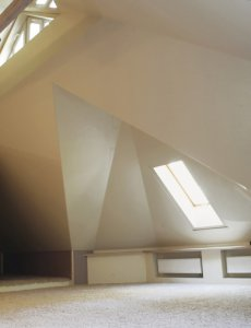 Правильно монтируем натяжной потолок в детской комнате