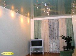 Особенности использования художественных натяжных потолков